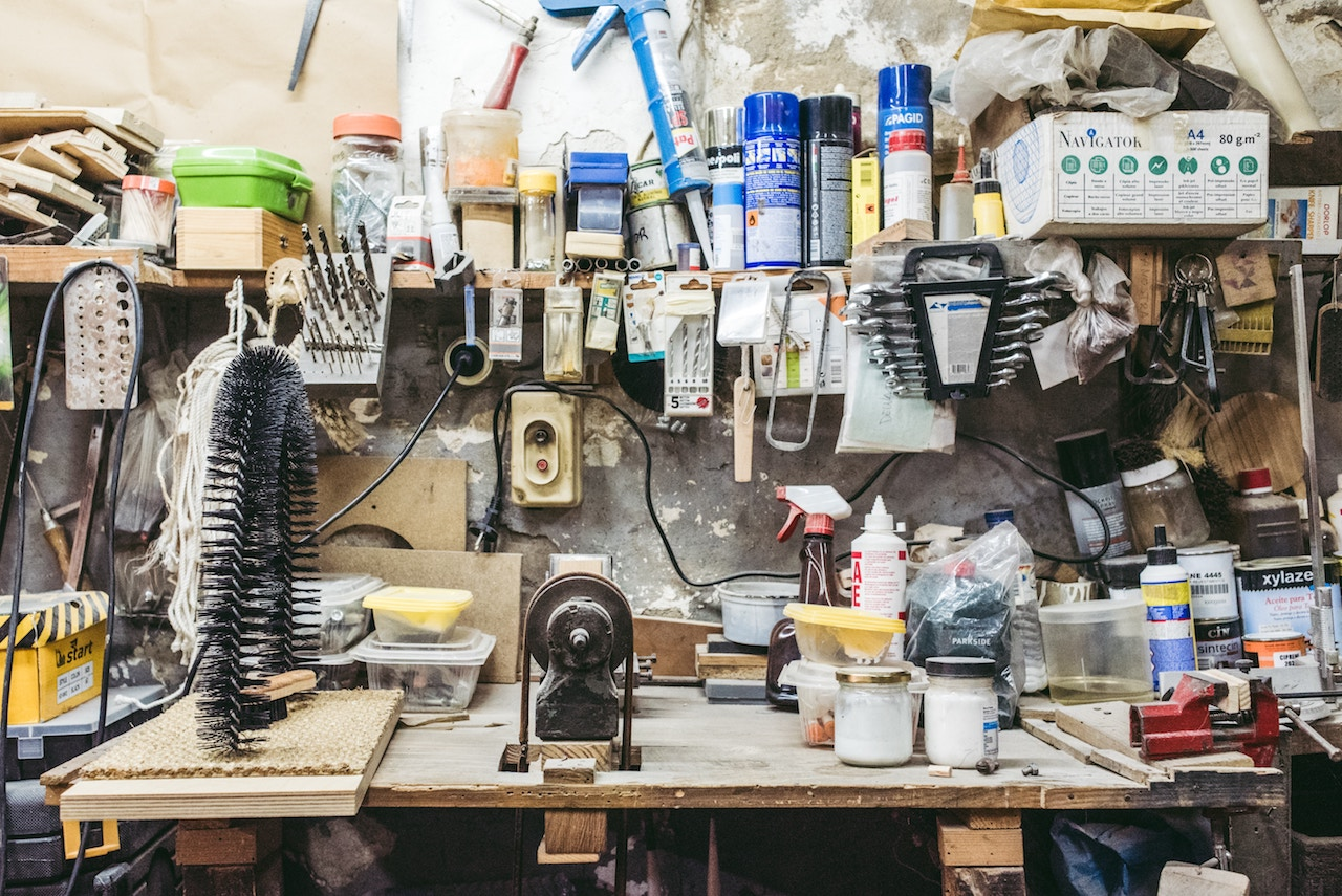 Downsizing Purge: Things You Don't Need Tools And Old Paint